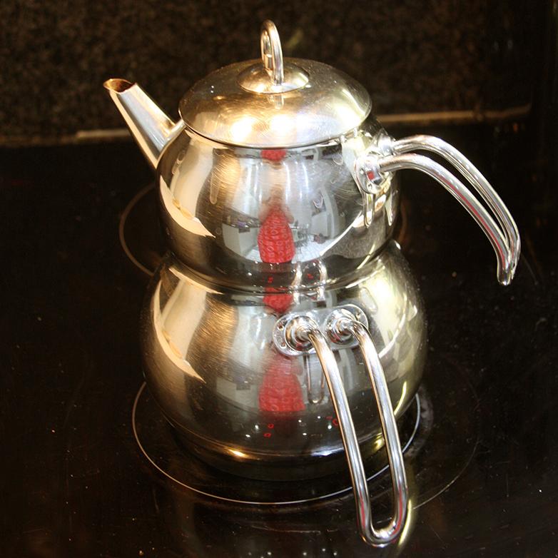 Turkse thee - zwarte thee met kaneel en kruidnagel